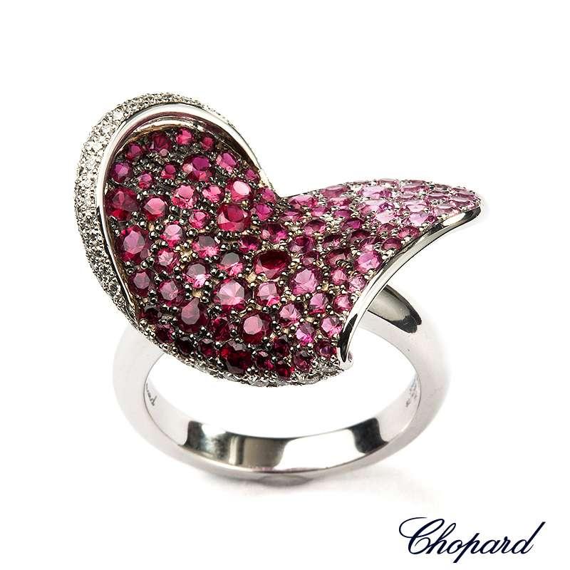 Chopard 18k White Gold Heart Flower Ring 82/4299-1308 B&P
