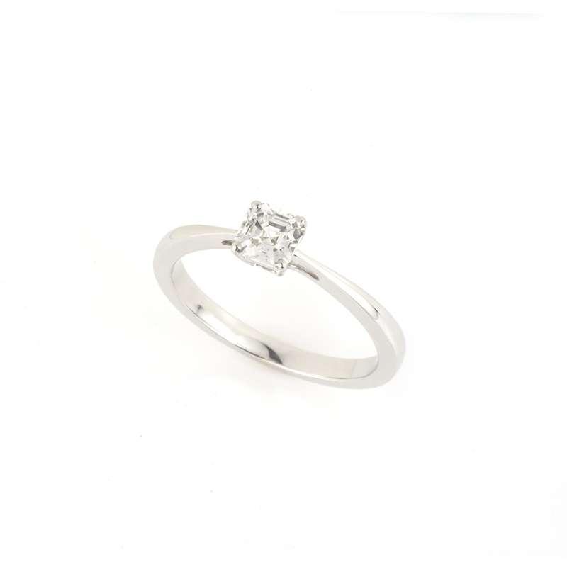 18k White Gold Asscher Cut Diamond Ring 0.51ct H/IF