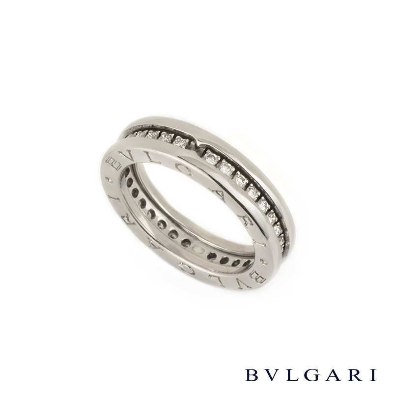 Bvlgari  K Ring With Diamond Around